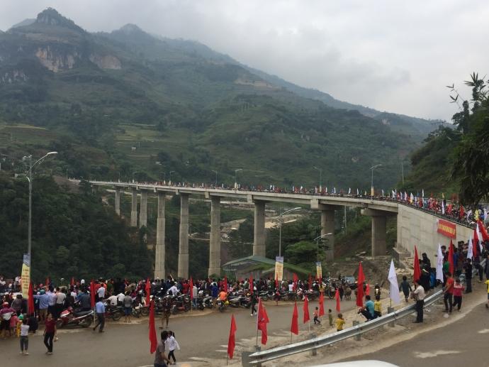 Khánh thành cầu Cốc Pài có trụ cao hơn 60m
